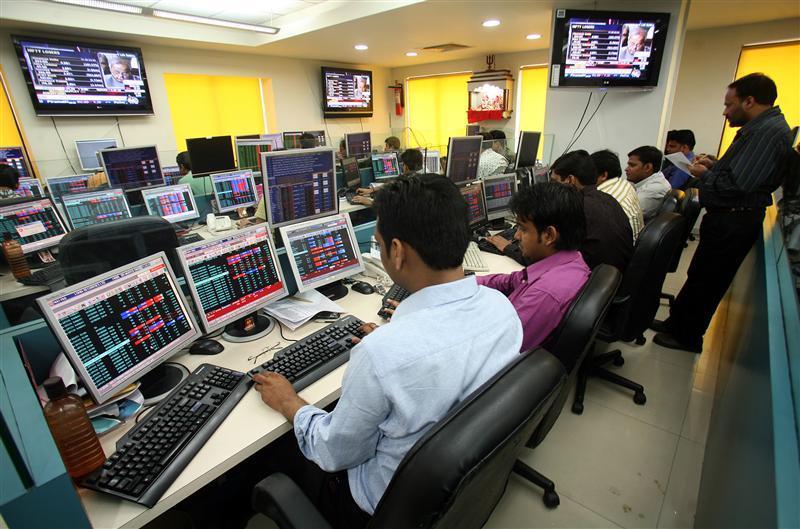 Stock brokers trade in brokerage firm in Kolkata