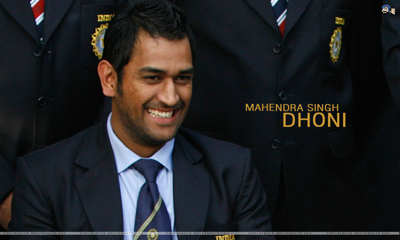 mahendra_singh_dhoni_short_hairstyle_pictures_5