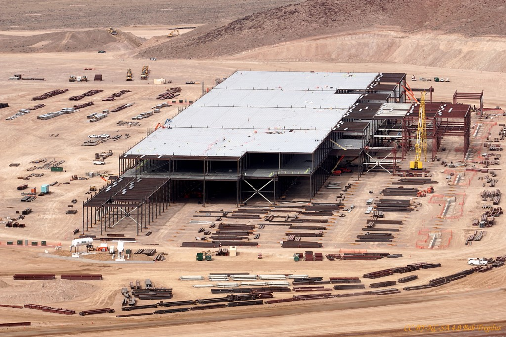 tesla-battery-gigafactory-