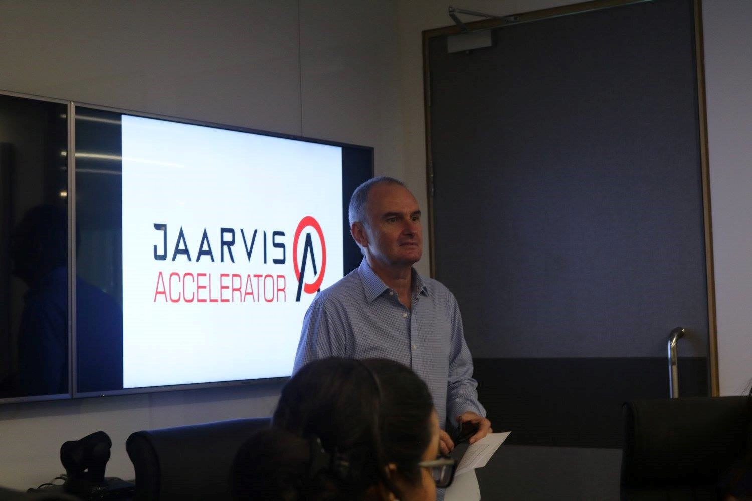 jaarvis her pitch 1