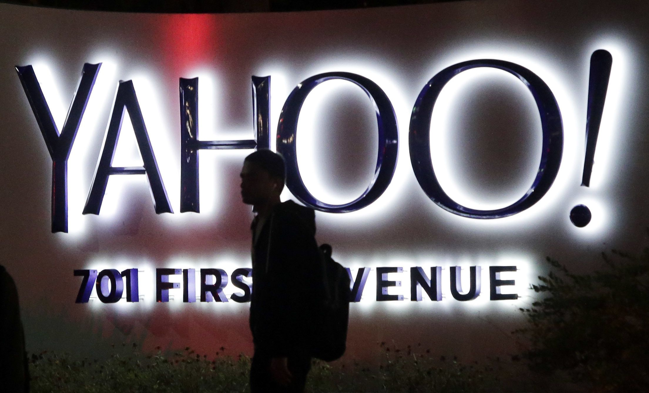 why yahoo failed