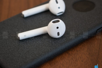 Apple-AirPods-