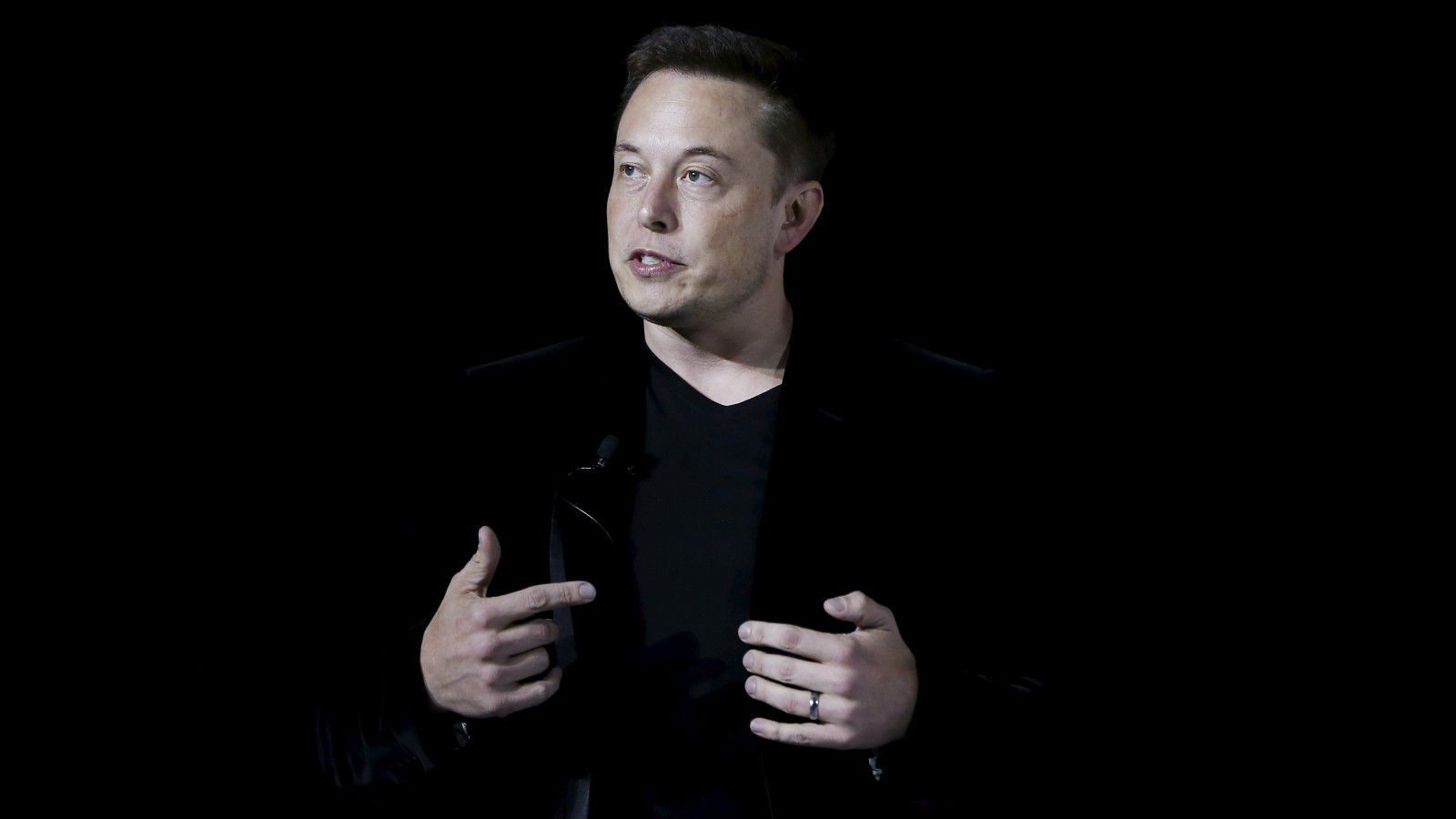 Elon Musk Latest To Oppose Trump S Travel Ban Techstory