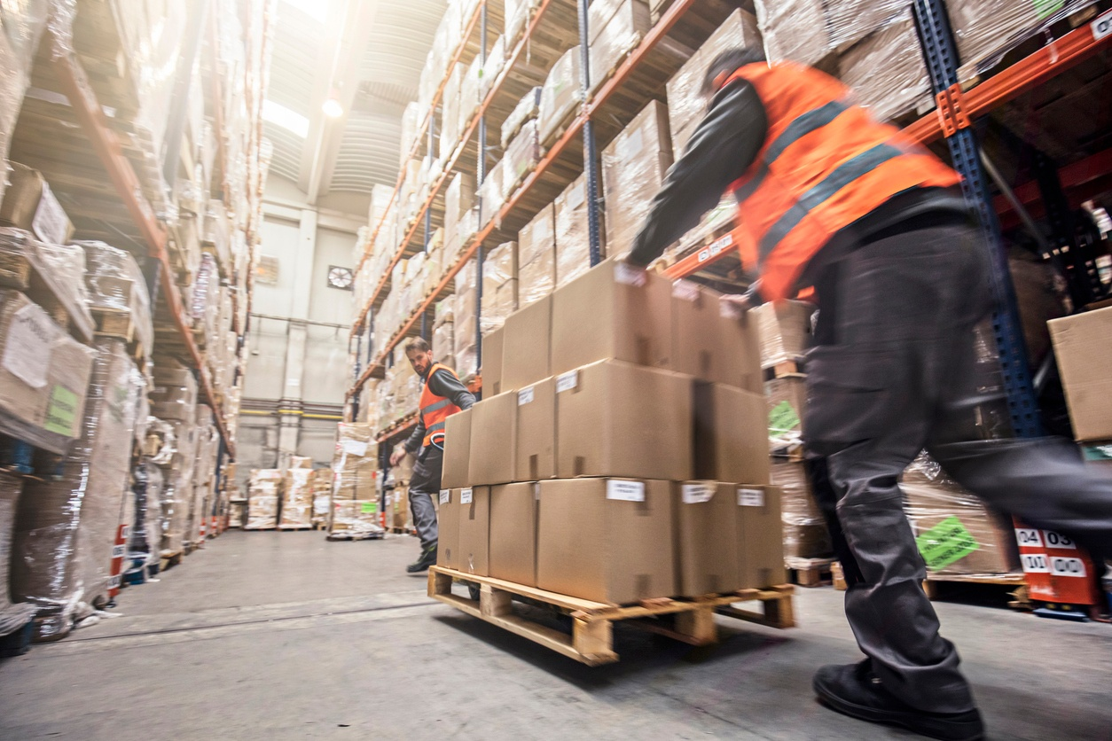 managing supply chain in e-commerce