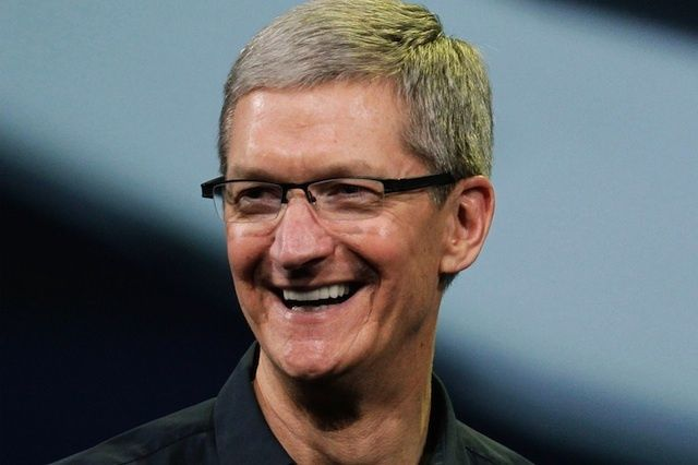 Apple Awards Tim Cook $89.2 Million Worth of Stock