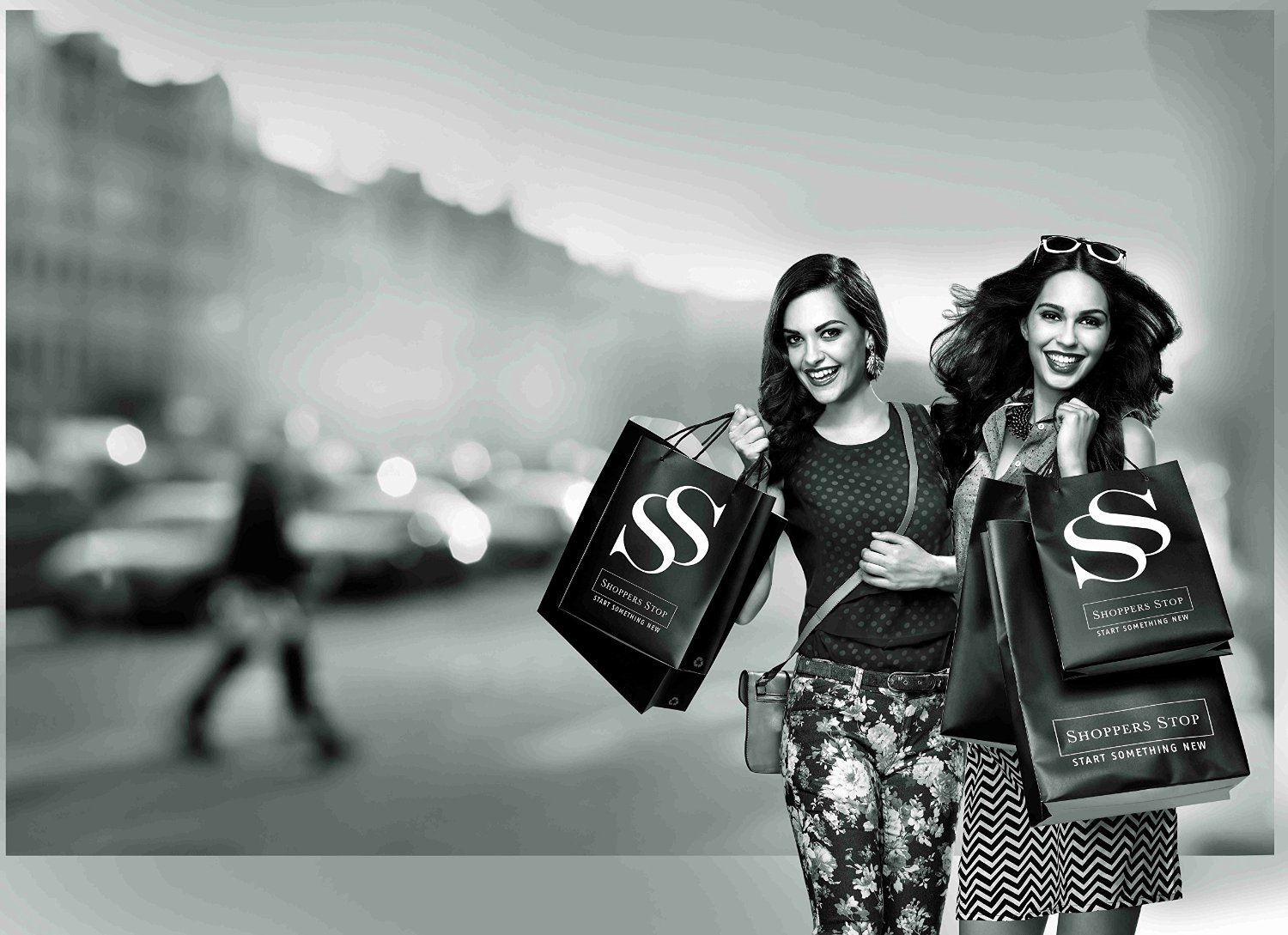 amazon invests in shoppers stop