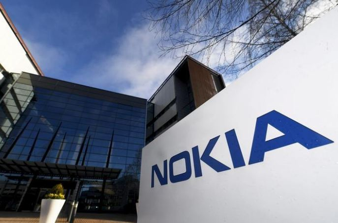 Nokia shrinks workforce, drops virtual reality business