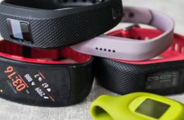 5-activity-trackers-to-track-your-fitness-and-game