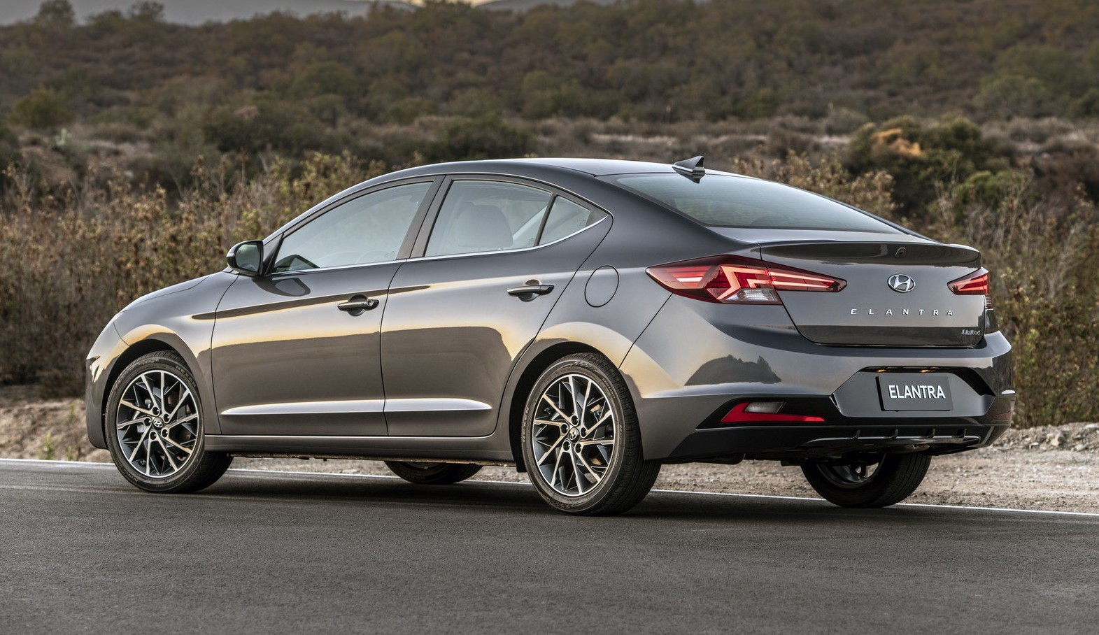 2019 Hyundai elantra rear look