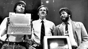 launch-of-Apple IIc