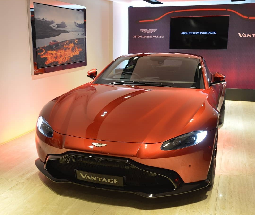 2019 Aston Martin Vantage India launch