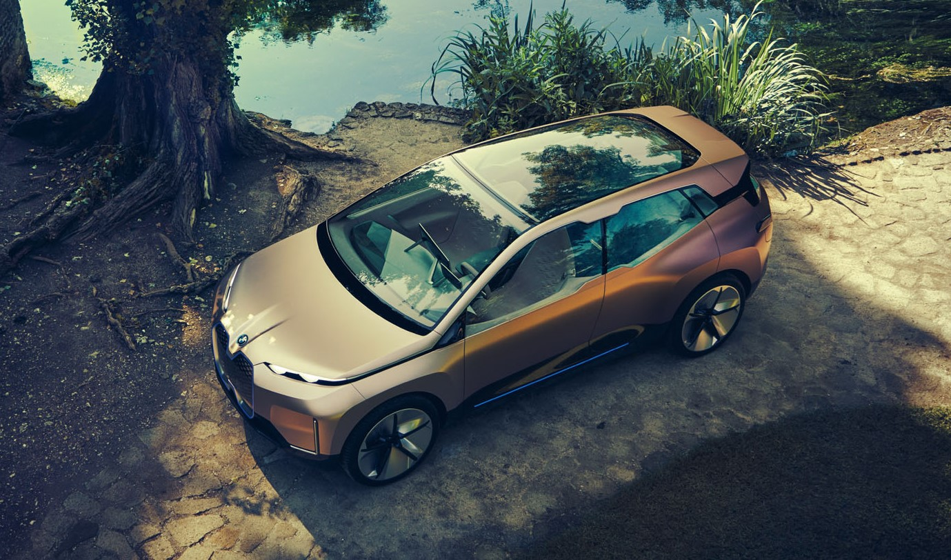 BMW iNEXT crossover concept sunroof