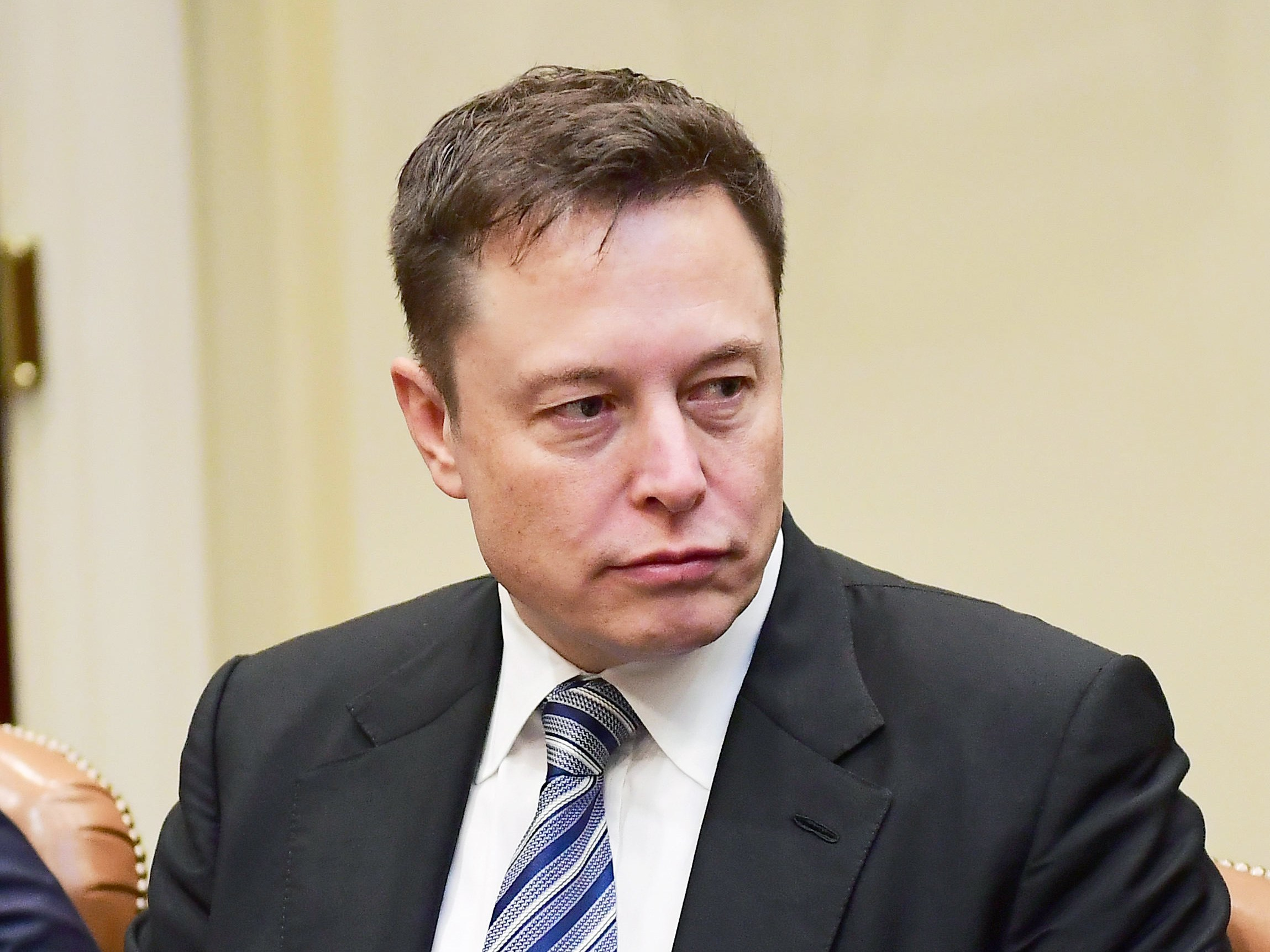 Elon Musk agrees to Step down as Chairman of the board
