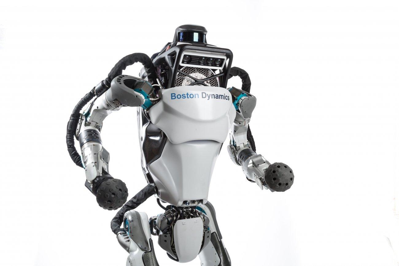 """BOSTON DYNAMICS' HUMANOID ROBOT CAN DO PARKOUR"" is locked BOSTON DYNAMICS' HUMANOID ROBOT CAN DO PARKOUR"