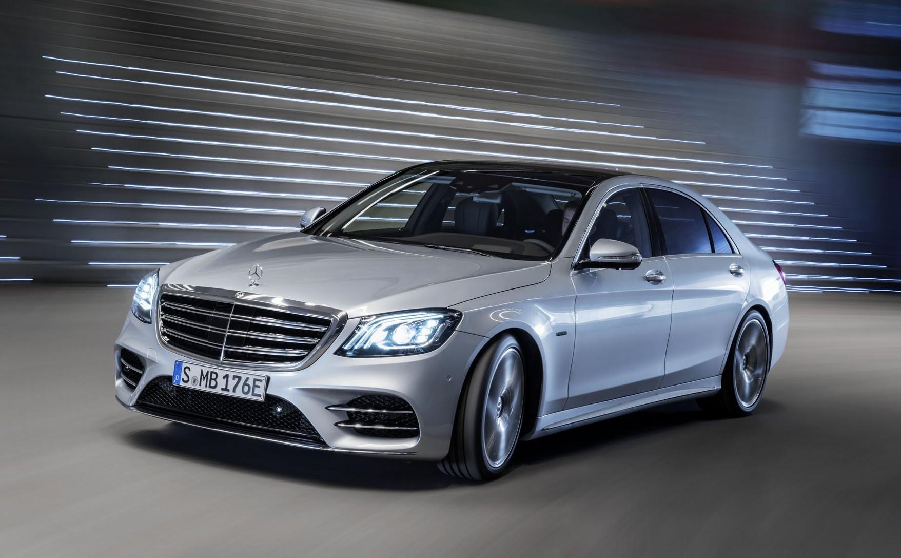 Mercedes-Benz S560e hybrid