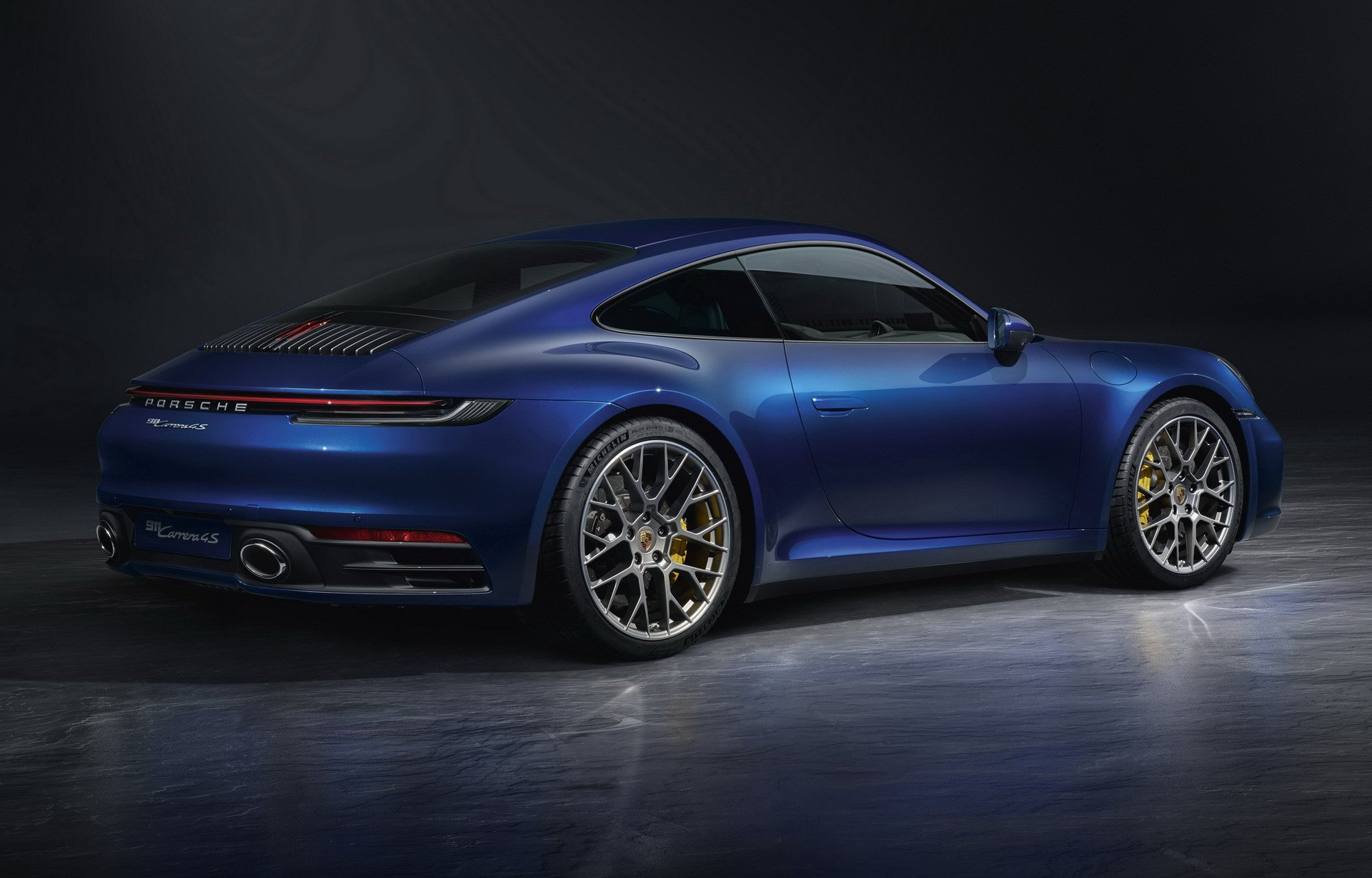 2020 Porsche 911 carrera 4S rear wing