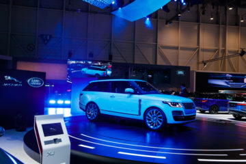 Jaguar land rover geneva motor show 2019