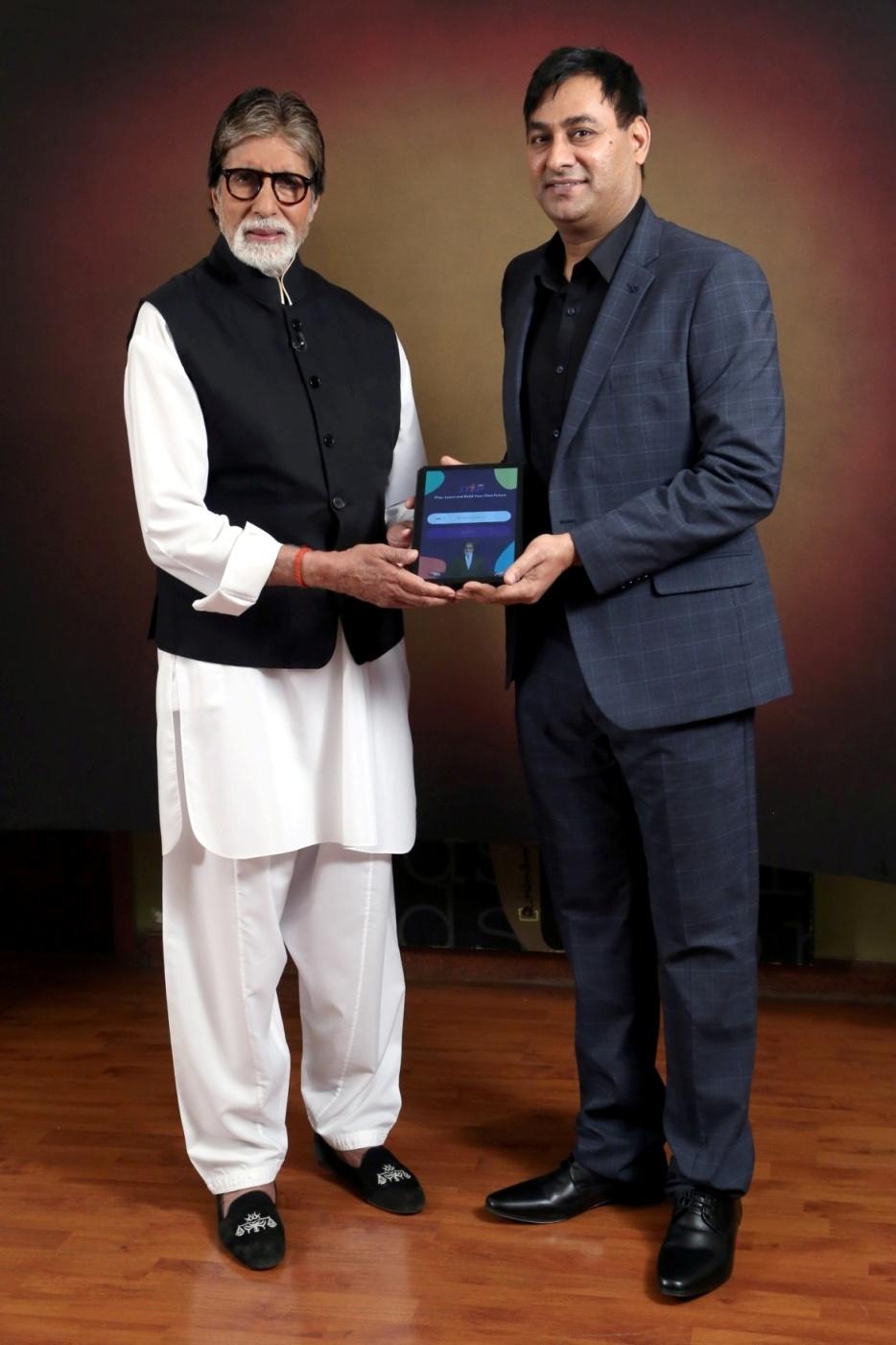 Mr Amitabh Bachchan and Mr Praveen Tyagi of STEPapp