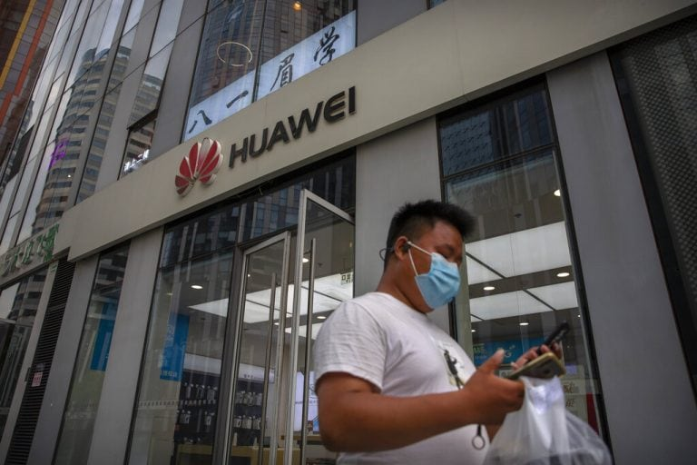 Lithuania urging people to throw away Chinese phones