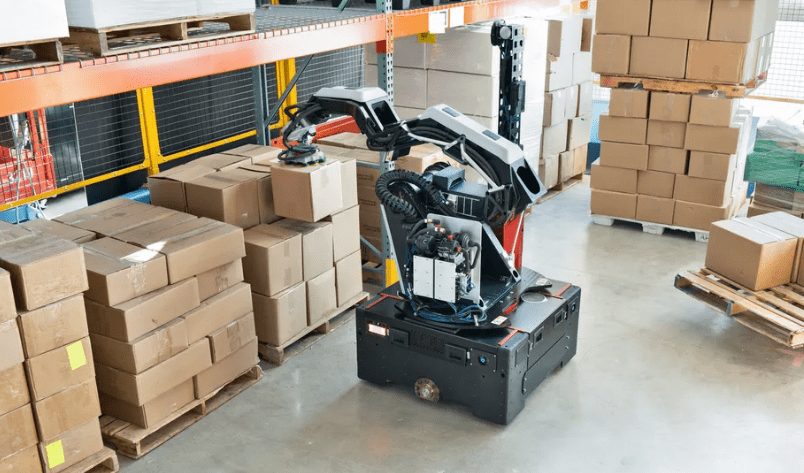 Boston Dynamics Unveils A New Robot Stretch Which Makes Eases To Move Boxes In Warehouses