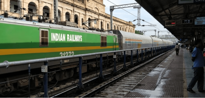 Indian Railway Brings Bans To Charging Of Mobiles, Laptops In Train At Night