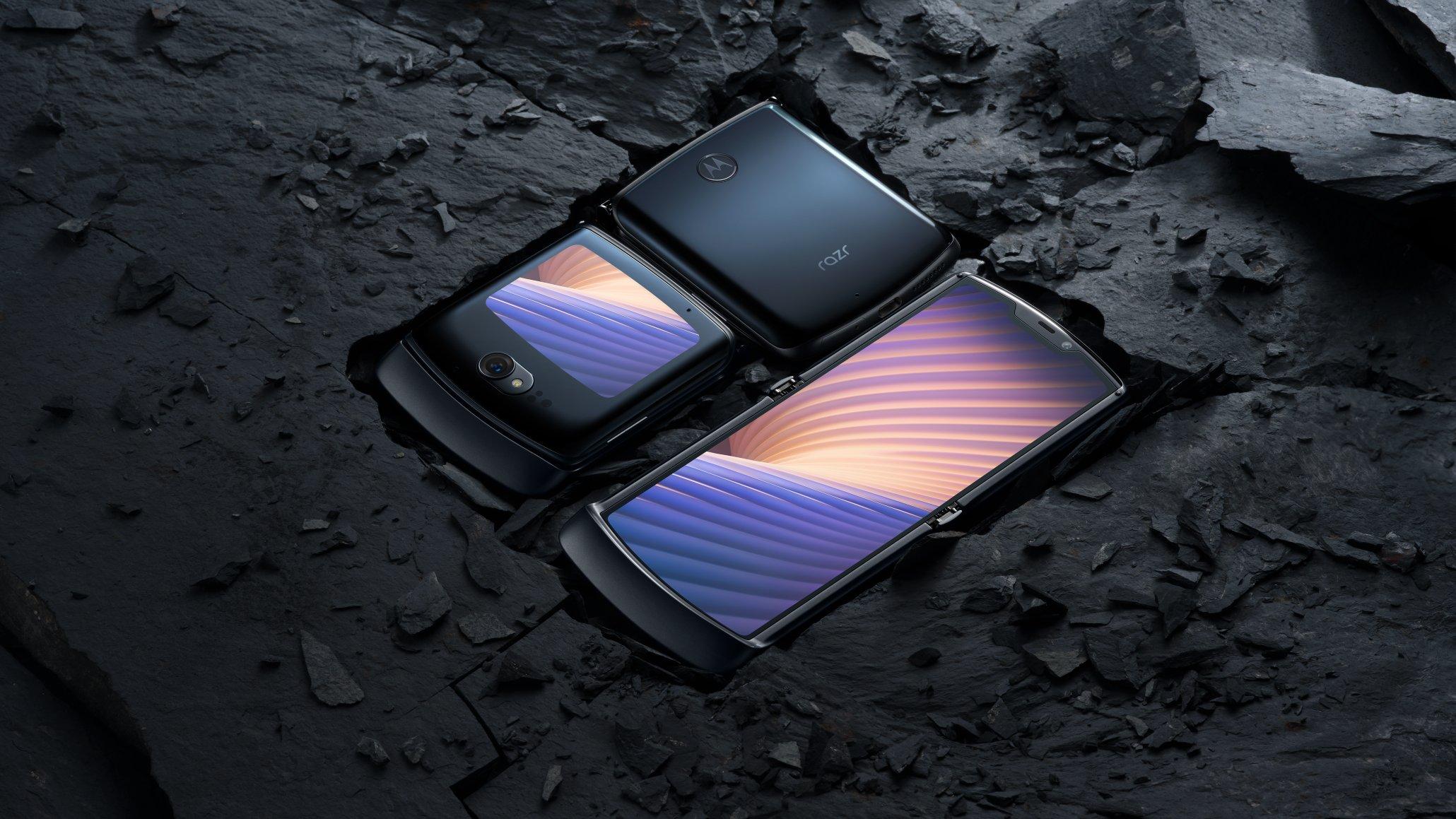 Moto Razr – The First Foldable Phone