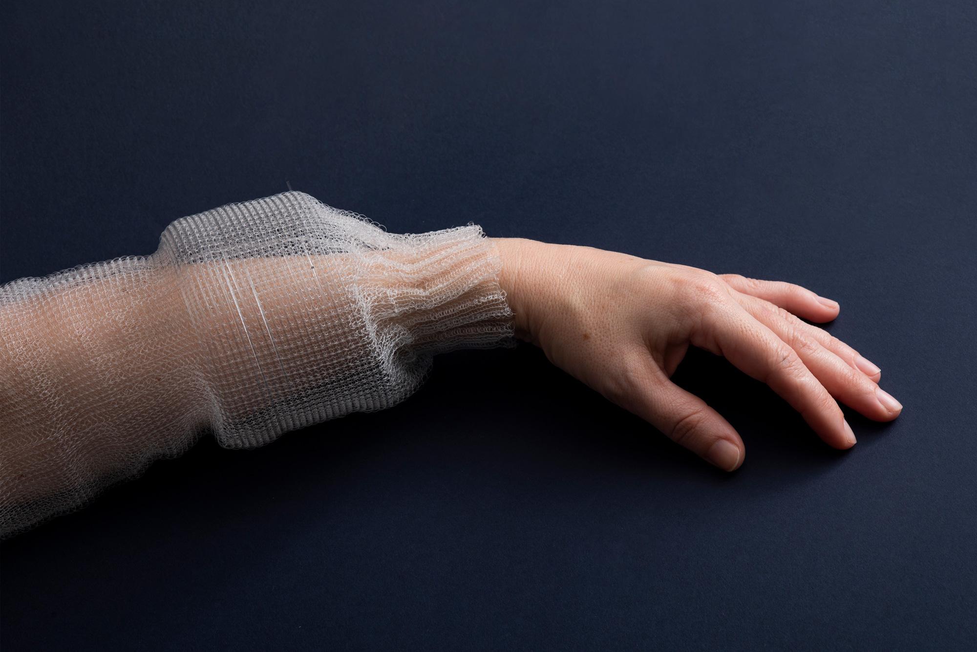 MIT Engineers Showcases A Programmable Digital Fiber Featuring Memory Unit, Sensors & AI