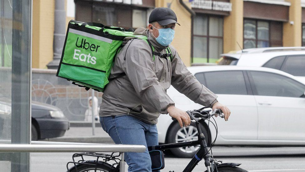 NYC extends caps on food delivery apps amid pandemic recovery