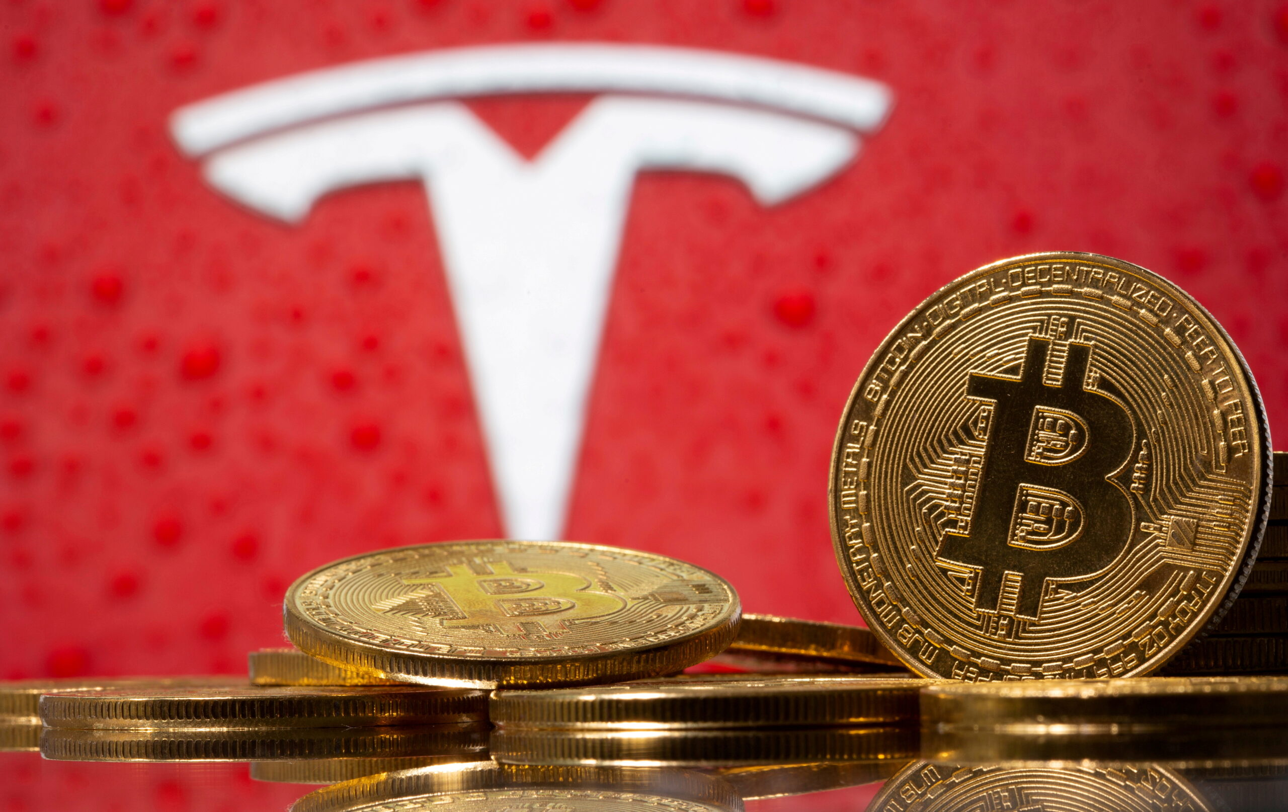 Elon Musk would like to see Bitcoin succeed, says Tesla would accept payments after due diligence