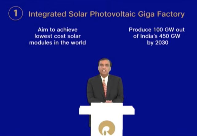Image of RIL's MD and Chairman Mukesh Ambani planning to invest Rs 75,000 crore in sustainable energy