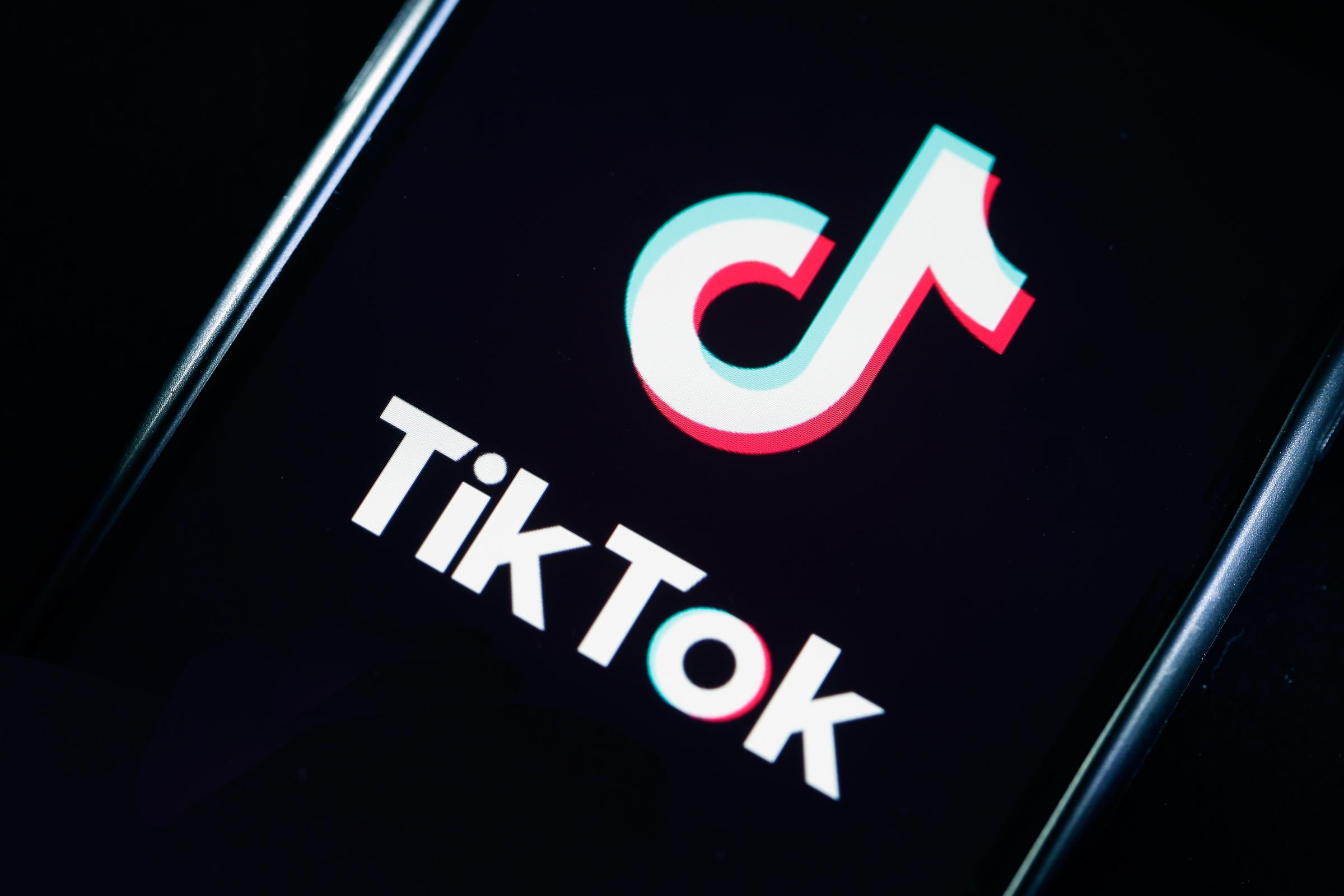 TikTok video resumes