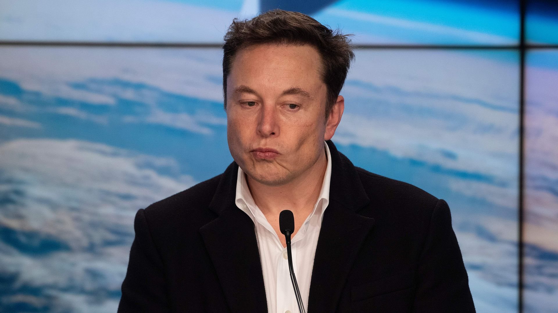 Elon Musk angry at bill for EV makers with unions