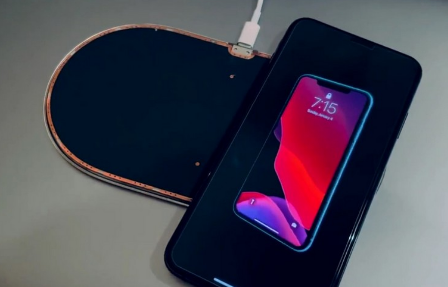 Apple's canceled AirPower wireless charging mat