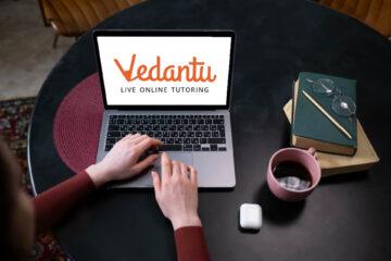 Student using Vedantu Ed-tech platfrom