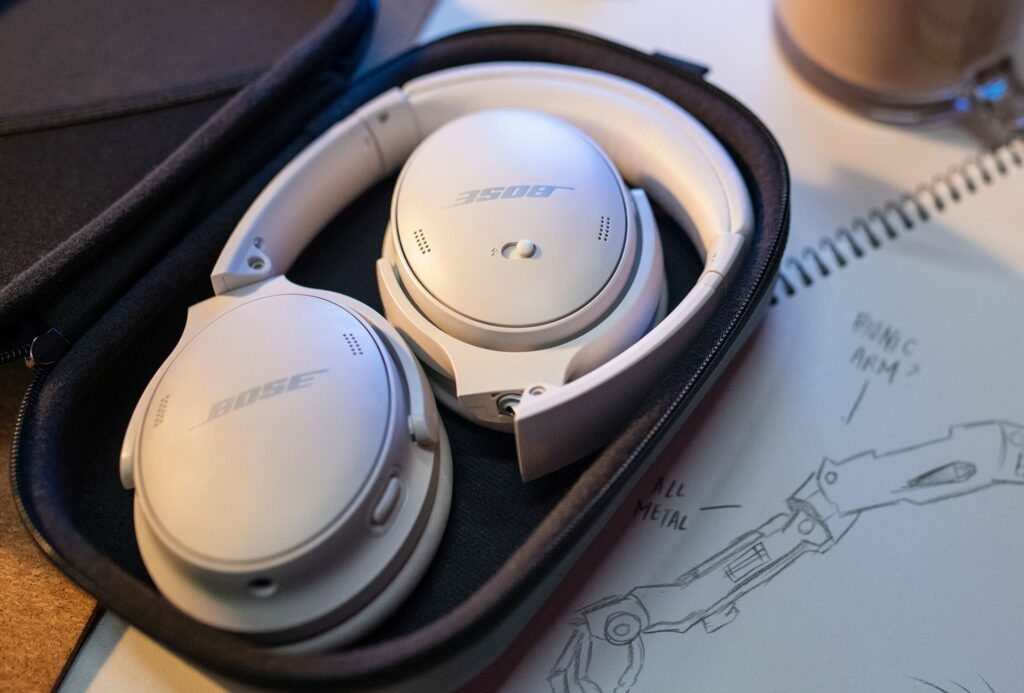 Bose launches QuietComfort 45 headphones featuring 24-hour battery life!