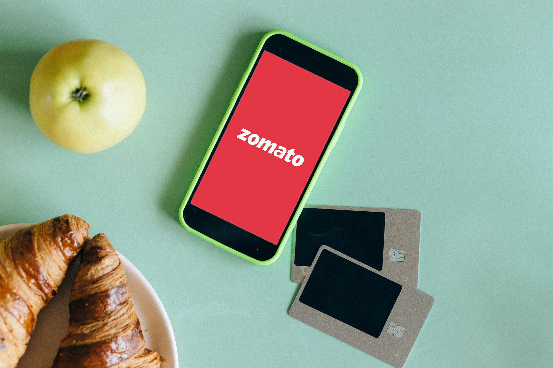 Zomato Logo on Smartphone with Green Case