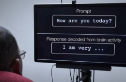 """Researchers successfully tested """"Brain Implant System"""" helping paralyzed man to speak"""