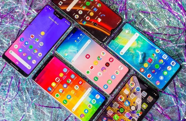 Smartphone manufacturers to delay their future launches