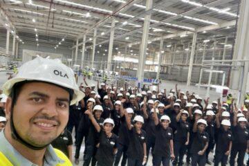 Ola Electric CEO Bhavish Aggarwal with women workforce