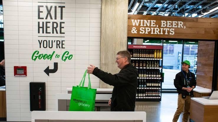Amazon cashierless technology Whole Foods
