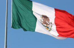 Mexico's stock exchange considers listing crypto futures, CEO says