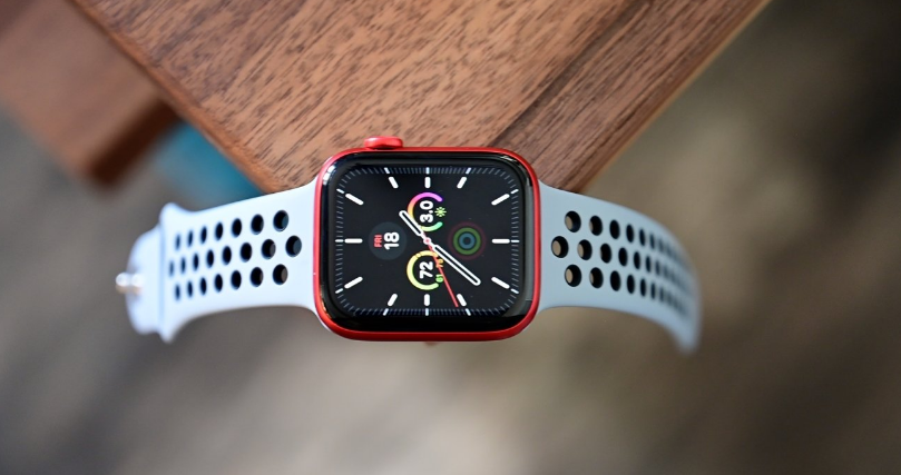 Apple remove Apple Watch Series 6 from official Apple website