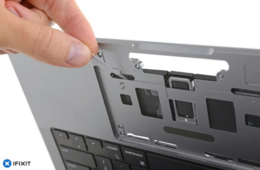 Apple MacBook Pros features battery pull tabs making it easy for DIY battery replacement