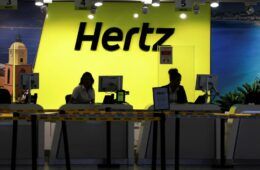 Hertz gives orders for 100,000 Teslas hinting its entry to Car-Rental Industry