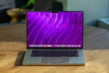 Apple notch fix again brings thick bezels back to its MacBook Pro