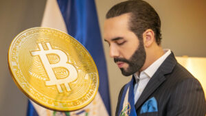 Salvadorians now buy more Bitcoin than they withdraw
