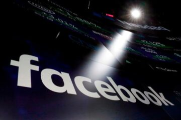Facebook's internal chat boards keep politics at the center of decisions