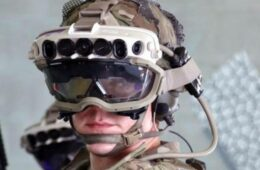 US Army has delayed Microsoft's $22 billion HoloLens deal