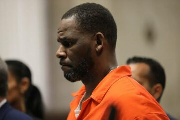 R. Kelly's YouTube channels removed following conviction